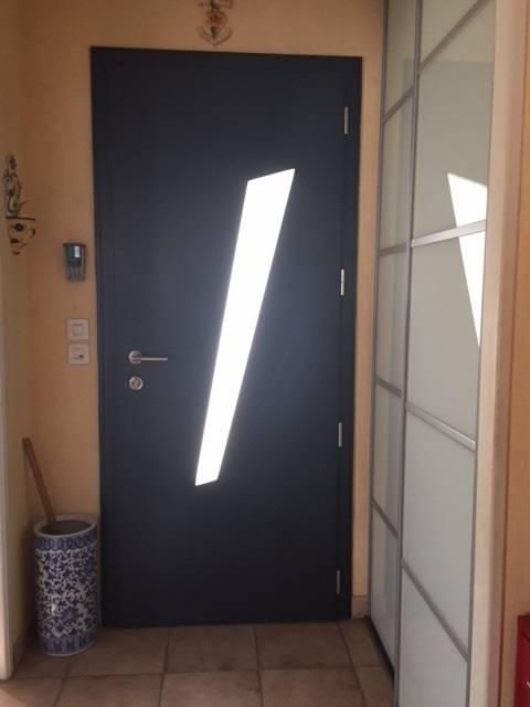 Pose en r novation d 39 une porte d 39 entr e aluminium sur mesure candillargues menuiserie alu et - Poser une porte d entree en renovation ...