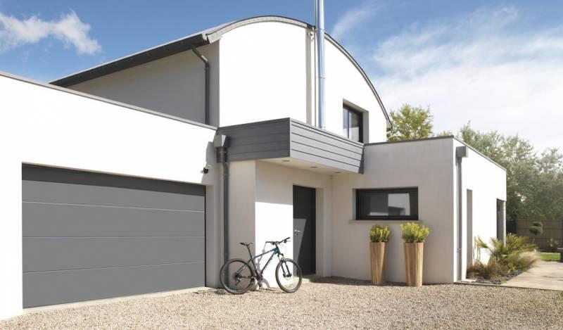 porte sectionnelle pour villa castelnau le lez menuiserie alu et pvc sur le secteur de. Black Bedroom Furniture Sets. Home Design Ideas